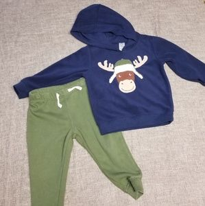 Carter's boy's 24 month outfit